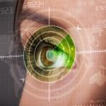 Cyber mulher com olho de alvo militar moderno — Foto Stock