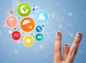 Emoticonos dedo alegre colorido vacaciones viajan icono burbuja — Foto de Stock