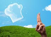 счастливый смайлик лице пальцы, глядя на иллюстрации готовить шляпа — Стоковое фото