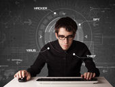 Jovem hacker em ambiente futurista hacking pessoal informati — Fotografia Stock