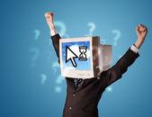 Persoon met een monitor hoofd en cloud technologie gebaseerd op de scr — Stockfoto