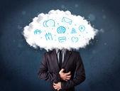Człowiek w garniturze z głową chmury i niebieskie ikony — Zdjęcie stockowe