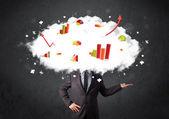 Hombre de negocios moderno con una cabeza de nube gráfico — Foto de Stock
