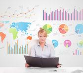 Iş kadını ile renkli grafikler — Stok fotoğraf