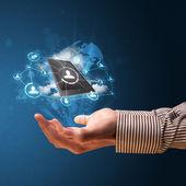 Cloud technologie v rukou podnikatel — Stock fotografie