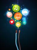 иконки социальных медиа, выйдя из электрический кабель — Стоковое фото