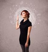 Krásná mladá dívka s abstraktní čmáranice kruhové linky a ikony — Stock fotografie