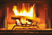 Roaring fire — Stock Photo