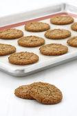 Fresh baked oatmeal cookies — Stock Photo
