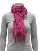 Pink fringe scarf — Stock Photo