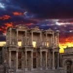 Celsus Library in Ephesus — Stock Photo