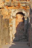 Przeciw zamurowanego przejście w efezie — Zdjęcie stockowe