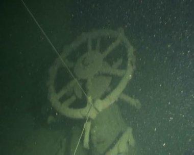 Schip wrak duiken onderwater — Stockvideo