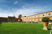 丽城庭院,在罗马的梵蒂冈博物馆 — 图库照片