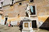 Erzengel-michael-statue von raffaello da montelupo, castel sant ' angelo, rom — Stockfoto