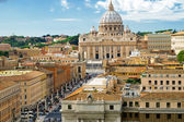 View of Rome cityscape, Basilica of St. Peter — Stock Photo