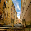 Narrow street of medieval architecture in Rome — Stock Photo