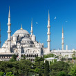 View of the Blue Mosque (Sultanahmet Camii) in Istanbul, Turkey — Stock Photo #26502959