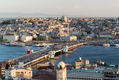 View of the historical center of Istanbul at sunset — 图库照片