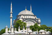 Vista de la mezquita de nuruosmaniye en estambul — Foto de Stock