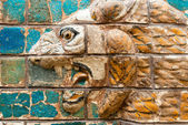 Fragment of the Babylonian Ishtar Gate in the Archaeology Museum — Fotografia Stock