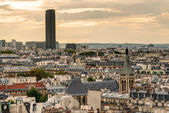 Paris skyline with Maine-Montparnasse Tower — Stock Photo