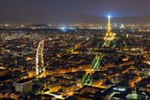 View of Paris with the Eiffel Tower at night — Stockfoto