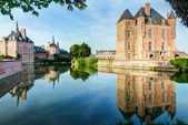 Castle on the lake in the Loire Valley in France — Stock Photo