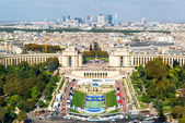 View of the Palais de Chaillot from the Eiffel Tower — Stock Photo