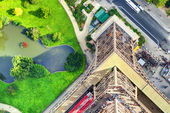 Top-down view from the Eiffel Tower in Paris — Stockfoto