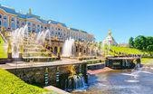 Grand Cascade in Peterhof Palace, Saint Petersburg — Stock Photo