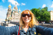 Selfie of tourist on the background of Church of the Savior on S — Stock Photo
