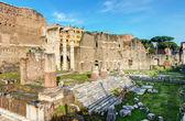Fórum de augusto, com o templo de marte ultor em roma — Foto Stock