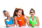 儿童吃冰淇淋 — 图库照片