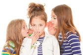Kinderen fluisteren slecht nieuws — Stockfoto