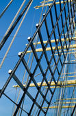 Mast with sails of an old sailing vessel — Fotografia Stock