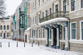 Street of Old Riga in snow day before Christmas — 图库照片