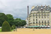 A view of the Eiffel Tower from Les Invalides in Paris — Stock Photo