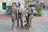 Sculptural composition of bronze in Valkenburg. Netherlands — 图库照片