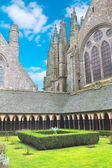 The monastery garden in the abbey of Mont Saint Michel. Normandy — Stock Photo