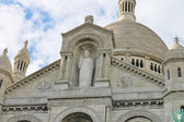 Montmartre. Statue of Jesus at the Basilica of the Sacre Coeur. — Stock Photo