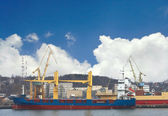The ships are in port t berth — Stock Photo