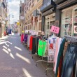 Selling clothes on street in Dordrecht, Netherlands — Stockfoto #36617589