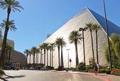 Luxor Hotel and Casino in Las Vegas. — Foto de Stock