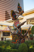 Sculptural composition depicting butterflies near Encore Hotel i — Stock Photo