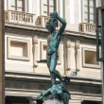 Perseus holding the head of Medusa. Statue by Benvenuto Cellini — Stock Photo #47446359