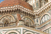 Fragment of facade Duomo Santa Maria del Fiore, Florence, Italy — Stock Photo