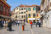People on the street in Venice, Italy — Stock Photo