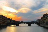 Sunset on the Arno River in Florence, Italy — Stock Photo