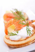 Canape with shrimp and cream — Foto Stock